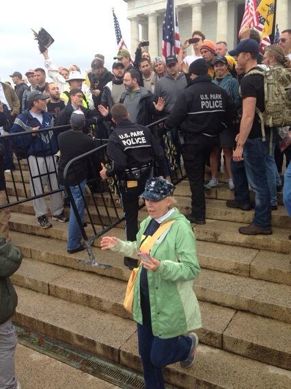 Protesters vs Police