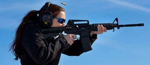 AR-15 chick